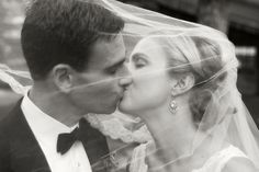 gorgeous photo~ see why veils are so important!!