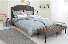Polsterbett Großartiges Polsterbett mit grauem Stoffbezug. Geliefert wird das grau gestrichene Kiefernholzbett, in verschiedenen Größen, mit...