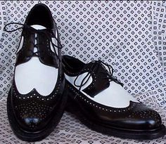 not sure which ones i want yet but i saw this on that show four weddings... the bride had matching wingtips with her groom :) love this