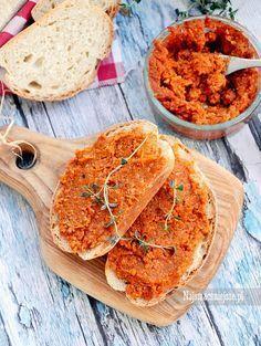 Pikantny paprykarz z kaszą jaglaną Chutney, Vegan Turkey, Hummus, Good Food, Yummy Food, Paleo, Food Industry, Vegan Recipes, Vegan Food