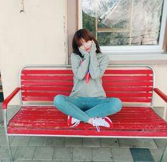 Twice - Momo J Pop, Nayeon, Kpop Girl Groups, Kpop Girls, Korean Girl, Asian Girl, Korean Ootd, Twice Chaeyoung, Oppa Gangnam Style