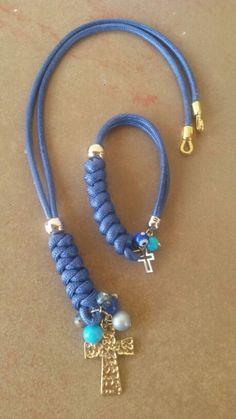 Collar trenzado azul rey. Piel de serpiente Instagram @darstylos