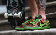 Launching Saturday 16th May. Nike SB Dunk Low De La Soul http://thesolesupplier.co.uk/products/nike-sb-dunk-low-de-la-soul/