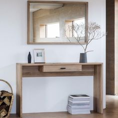 The Hudson Living Kielder Console Table is crafted out of solid oak and is perfect for bringing your entrance hall to life. The beautiful light oak adds wonderful Nordic style and the clean lines complete the elegant, contemporary look.