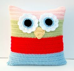 hopscotch lane: crochet owl pillow