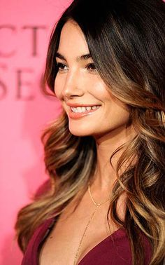Can't get enough of this hair. Lily Aldridge has the ombre colouring perfected.