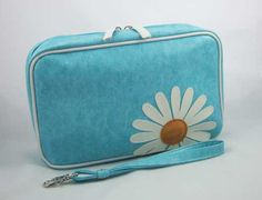 Lavishy Daisy Large Cosmetic Bag