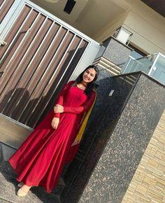 Designer Party Wear Dresses, Indian Designer Outfits, Slit Dress, High Neck Dress, Punjabi Salwar Suits, Summer Suits, Stripes Fashion, Western Dresses, Sewing Basics