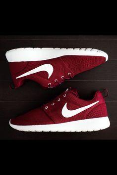 Burgundy And White Nike Run Roshes
