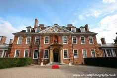 De Vere Hunton Park, Hertfordshire. For almost 190 years the house has seen a number of colourful landowners, lords and ladies pass through its high-ceilinged rooms. Chosen as the location for the 1970 romantic film – Raging Moon – the house can now be a wonderful stage for your wedding.