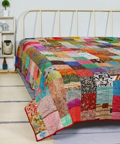 Bohemian Patchwork Quilt Kantha Quilt Handmade Vintage Quilts Boho King Size Bedding Throw Blanket Bedspread Quilting Hippie Quilts For Sale Quilted Throw Blanket, Patchwork Blanket, Patchwork Quilting, Hand Quilting, Quilting Ideas, Silk Blanket, Patchwork Ideas, Patchwork Patterns, Kantha Quilt