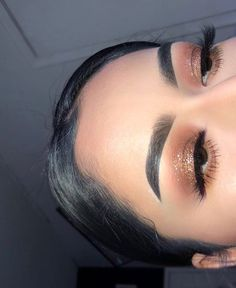 Pin by Make-up-Jet on Look de Maquillage in 2019 - Samantha Fashion Life - Makeup insp . - Pin by Make-up-Jet on Look de Maquillage in 2019 – Samantha Fashion Life – Makeup inspo – Hac - Fancy Makeup, Prom Makeup Looks, Cute Makeup, Pretty Makeup, Awesome Makeup, Gorgeous Makeup, Prom Eye Makeup, Heavy Makeup, Vintage Makeup
