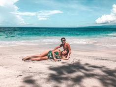 Doi Români Au Rămas Blocați în Bali Din Cauza Coronavirusului | Libertatea Sri Lanka, Beach Mat, Bali, Outdoor Blanket, Geography, Granite Counters