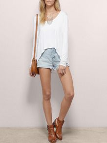 Shop White Long Sleeve Backless High Low T-Shirt online. SheIn offers White Long Sleeve Backless High Low T-Shirt & more to fit your fashionable needs.