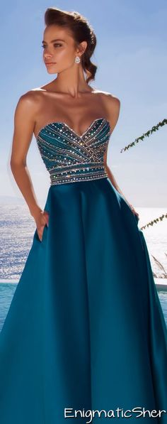 Long Dress | Blue Dress | Tarik Ediz Couture http://thepageantplanet.com/category/pageant-wardrobe/
