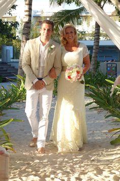 La novia y el padrino.....