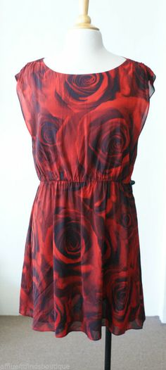 ALICE + OLIVIA Red & Black Rose Print Silk Dress Sz L $396 EUC