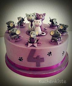 #kittycake #kitty #cat #cakewithcats #mouse #catandmouse #fondant #sugarpaste #fondantcake #violett #lila