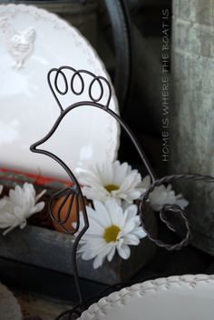 . Little Red Hen, Red Rooster, Rustic Charm, French Country, Tablescapes, Are You Happy, Daisy, Make It Yourself, Hen House