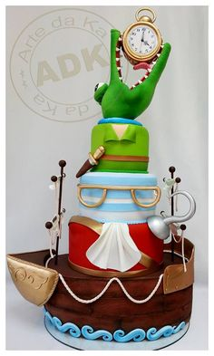 Peter Pan Cake by Arte da Ka, love this cake, but feel like there is none of peter pan in this cake, just hook...