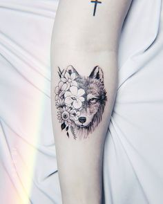 Wolf Tattoo Wolf Tattoo Female Wolf Tattoo - Wolf Tattoo Wolf Tattoo Female Wolf Tattoo Best Picture For cute tattoo For Your Taste You are lo - Wolf Tattoos For Women, Shoulder Tattoos For Women, Sleeve Tattoos For Women, Tattoos For Women Small, Small Tattoos, Tattoos For Guys, Lone Wolf Tattoo, Small Wolf Tattoo, Circle Tattoos