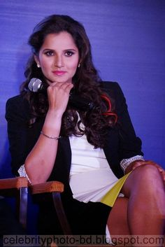 http://www.smartrena.com/sania-mirza-latest-hot-hd-photos/