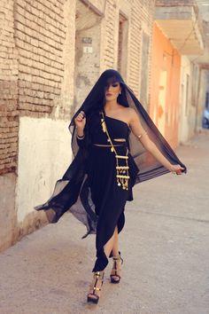 cinderellas-stilettos:  Helly Luv | Risk it All