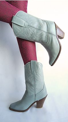Love the color of these Vintage Cowgirl Boots