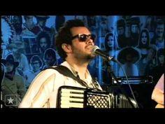 """Marcelo Jeneci canta """"Pra sonhar"""" no Estúdio Showlivre - 4/11"""