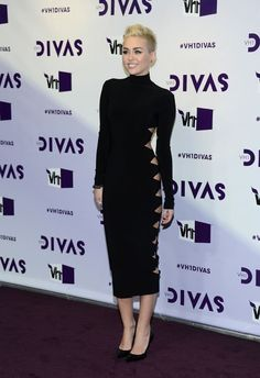Miley Cyrus wearing Jean-Michel Cazabat Emma Pumps & Norma Kamali Alligator Dress.