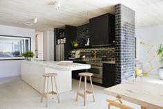 #kitchen #white #black #subwaytiles