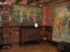 Interior Chateau De Langeais | Château de Langeais : Inside of the castle: Crucifixion room Back to ...