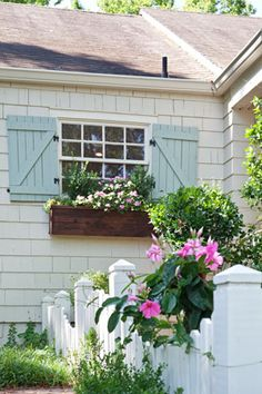 New Exterior Shutters Cottage Flower Boxes Ideas Rustic Shutters, Blue Shutters, Window Shutters, Country Shutters, Outdoor Shutters, Farmhouse Shutters, Exterior House Colors, Exterior Paint, Exterior Shutters