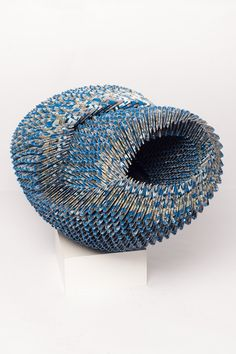 Alex Lockwood, sculptures from old lottery tickets.