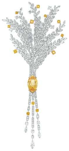 Moisson d'or #Brooch from #LesBlesDeChanel - #Chanel - #FineJewelry collection…