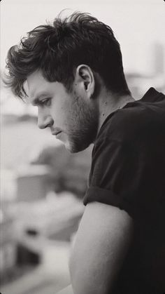Niall Horan Baby, Naill Horan, One Direction Background, One Direction Pictures, Irish Boys, Irish Men, Larry, Bae, Aesthetic Indie