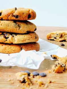 Peanut Butter - Chocolate Chip Cookies