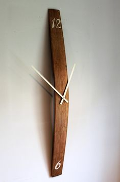 Oak Scotch Barrel stave wall clock, with hand painted number.- Oak Scotch Barrel stave wall clock, with hand painted numbers Wine Barrel stave wall clock with hand painted numbers Barrel Projects, Wood Projects, Teds Woodworking, Woodworking Projects, Woodworking Furniture, Wall Clock Design, Diy Clock, Clock Ideas, Wood Clocks