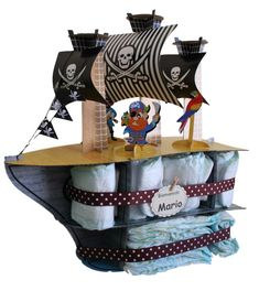 Couches, Baby Showers, Bateau Pirate, Basket, Children, Personalized Gifts, Newborn Baby Gifts, Tall Ships, Disposable Diapers