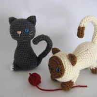 Kitten Crochet Amigurumi Pattern - via @Craftsy