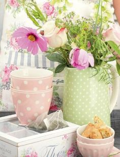 Using a pitcher for flowers - sweet polka dots