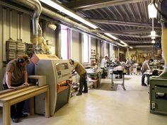 De 4 zijdige schaafmachine in de meubelmakerij van Kees Verhouden Meubelen