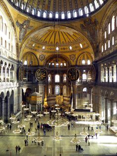 Inside Hagia Sophia, Contantinople (now Istanbul, Turkey). Islamic Architecture, Historical Architecture, Architecture Details, Beautiful Buildings, Beautiful Places, Hagia Sophia Istanbul, Visit Turkey, Turkey Travel, Kirchen