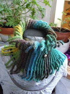 Col Crochet, Bonnet Crochet, Crochet Poncho, Crochet Scarves, Crochet Stitches, Knit Cowl, Crochet Crafts, Crochet Projects, Knitting Patterns