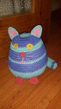 Cute cat doorstop made from a DMC amigurumi pattern using the wonderful Planet Penny cotton yarns available here ~ https://www.etsy.com/shop/PlanetPennyUK  Made to order for £15.00 plus postage. To make an enquiry please visit www.facebook.com/UnravelandUnwind