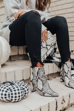 The Cora Snake Print Bootie - Women's style: Patterns of sustainability Snake Print Boots, Snake Boots, Leopard Print Boots, Booties Outfit, Winter Boots Outfits, Fall Outfits, Winter Trends, Western Style, Minimalist Outfit
