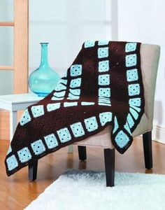 They're the perfect Granny Square projects for today's busy crocheter! When Carol Holding is the designer, you know your Granny Squares will be something special! Carol's fresh collection of 12 afghan