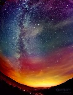 el cielo estrellado es  hermoso