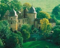 ★Grimm's fairytale Sleeping Beauty Castle in Sababurg, Germany and Hotel