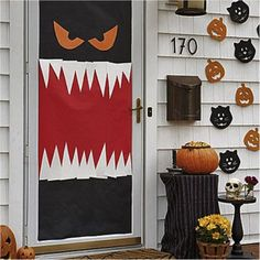 5 Easy DIY Halloween Decorations for your Dorm Room